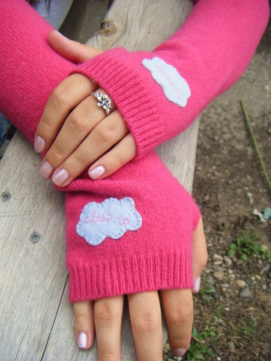 Recycle sweaters into texting gloves