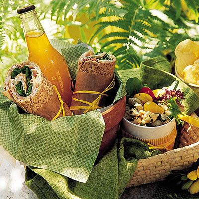 Beautiful picnic lunch!