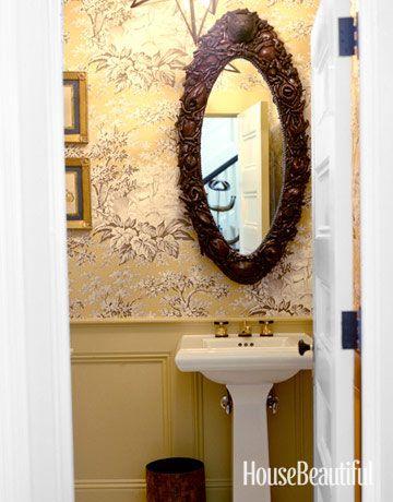 Pretty guest bathroom