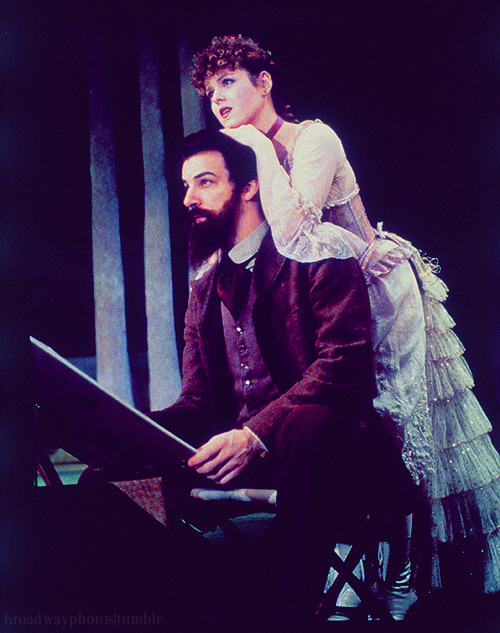 Bernadette Peters and Mandy Patinkin in Sunday in the Park With George (1984).