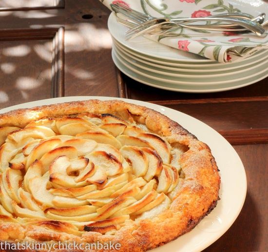 That skinny chick can bake!!!: Guest Post for The German Foodie...Apple Crostata~