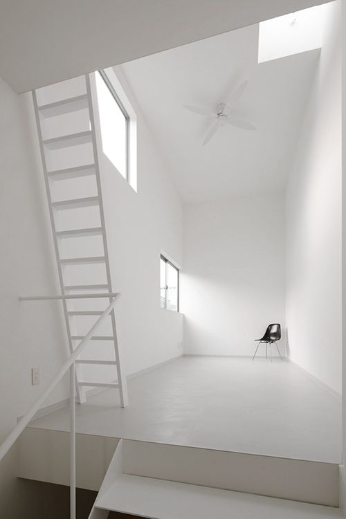studio/White room