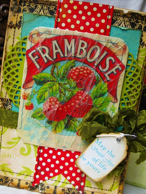 Delightfully pretty handmade card. Love the cracked glass effect on the vintage French fruit label. #card #vintage #handmade #French #fruit_label #scrapbooking
