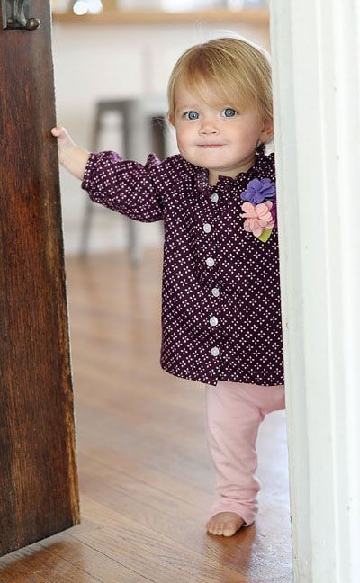 This adorable outfit from Baby Nay arrived at my doorstep yesterday. Just precious!