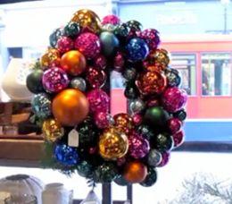 DIY Holiday Wreath by Gwyneth Paltrow