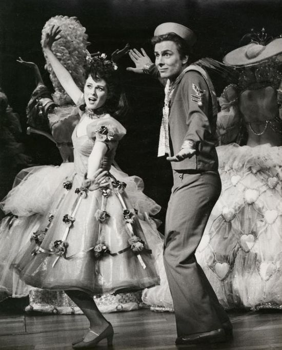 """Victoria Mallory and Kurt Peterson in """"Follies""""(1971)"""
