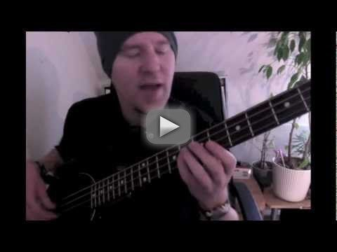 Learn simple Bass riffs:  NWA: Express yourself - For many, many more easy Bass lessons check