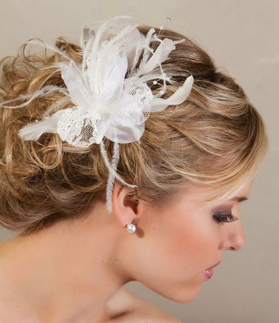 Wedding Feather Hair Accessories (Source: assets5.pinimg.com)