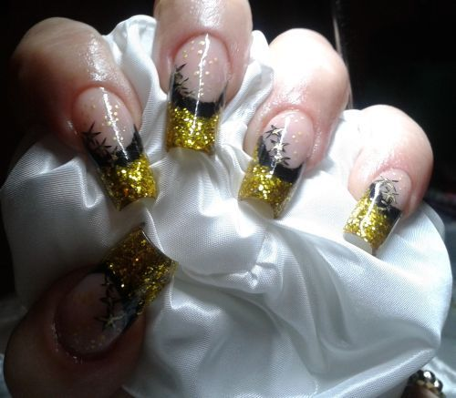 My Extreme Nails Guide Holiday Gold Nail Art Nails Magazine Www