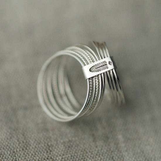 stacking silver rings with a modern feather. @Etsy for $95