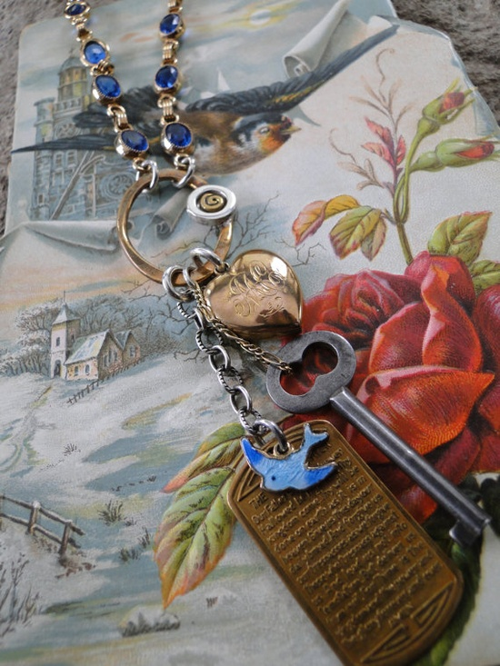 Want this lovely necklace. Love the key dangle. #vintage #artisan #jewelry