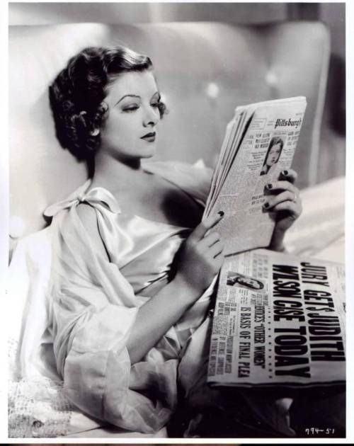 A picture like this goes a long way to explain the Must Marry Myrna clubs of the 1940s. Daaaaaaayumn,