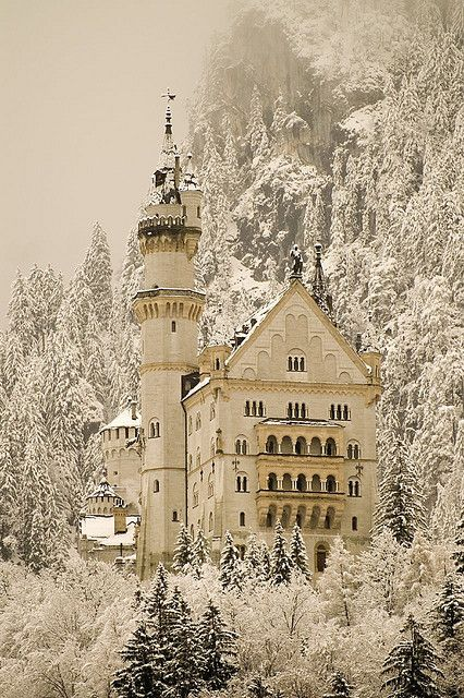 Winter in Neuschwanstein Castle, Bavaria, Germany