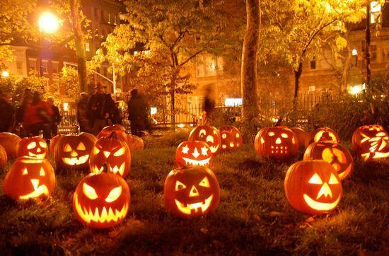 Lighting halloween In The Garden Interior Design Ideas -