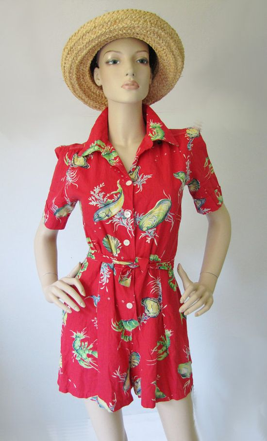 Fabulously cool 1930s/40s marinelife print vintage summer playsuit. #vintage #1930s #1940s #playsuits #fish #beach