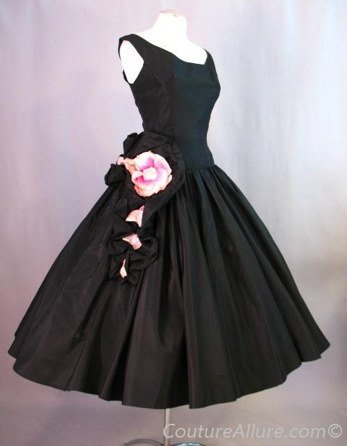 Vintage 50's full skirt black dress w/pink roses