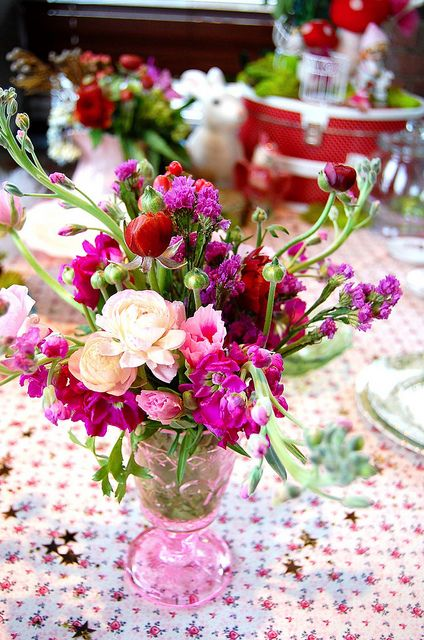 Gorgeous flower arrangement for tables!