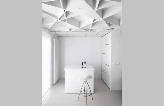 STUA Onda design stool - kitchen interior