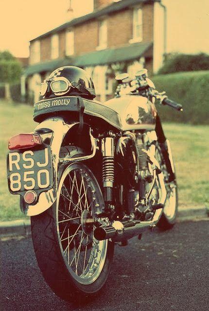 Miss Molly - BSA Rocket Goldstar, the original café racer