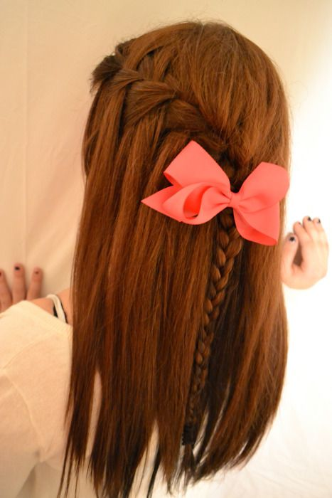 This is a cute hairstyle!