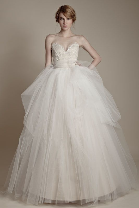 Ersa Atelier 2013  Collection - lace and tulle with jeweled belt