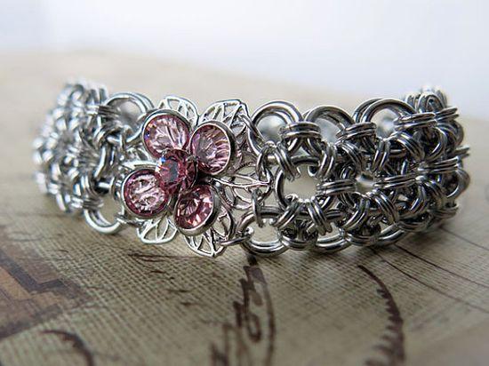 Swarovski Crystal Flower Chainmaille Bracelet  by @AlycenMaille on Etsy   #Swarovski #FlowerBracelet #GiftForHer #GiftForMom #Unique