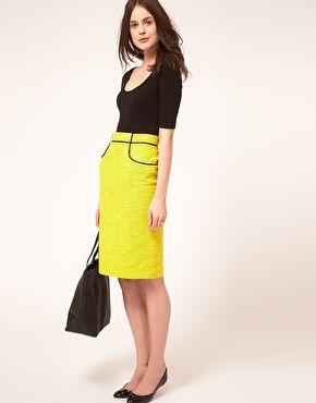 yellow pencil skirt