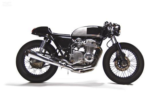 Honda CB550 Cafe Racer by MotoHangar