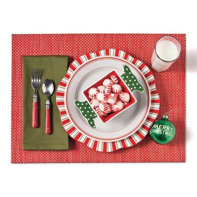 Make your Christmas table setting kid-friendly.