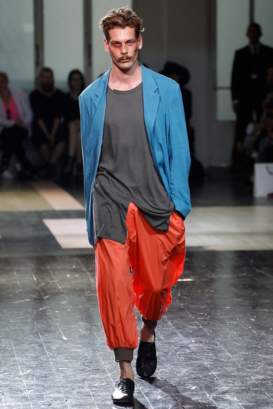 Yohji Yamamoto Spring 2013 Menswear Collection. Love the flowing shirt with the split, and the orange pants