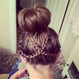 Hairstyle - Girly