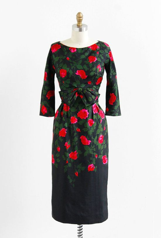 vintage 1950s black + red roses cocktail dress