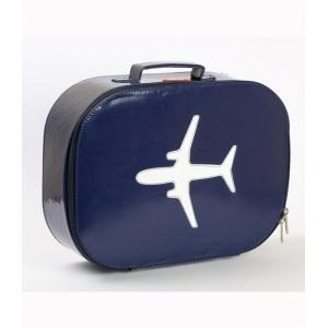 what a fun travel accessory :)