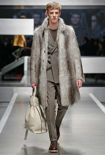 FENDI Fall/Winter 2013-14 Men's Fashion Show. COAT & BAG, GORGEOUS!!!
