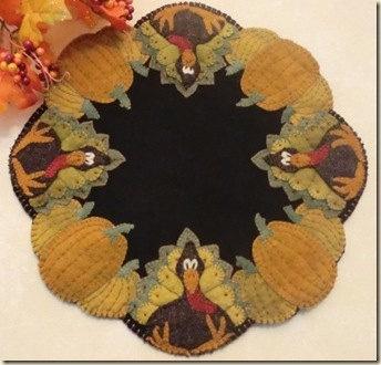 Stuffed Turkey Penny Rug Pattern. $9.00, via Etsy.