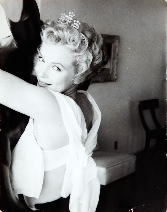 Marilyn photographed by Milton Greene, 1956.