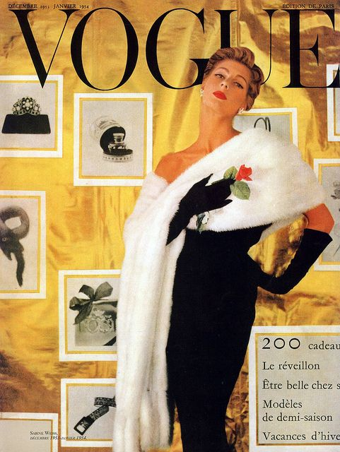 Oozing with 1950s elegance and sophistication. #vintage #fashion #1950s #Vogue #dress