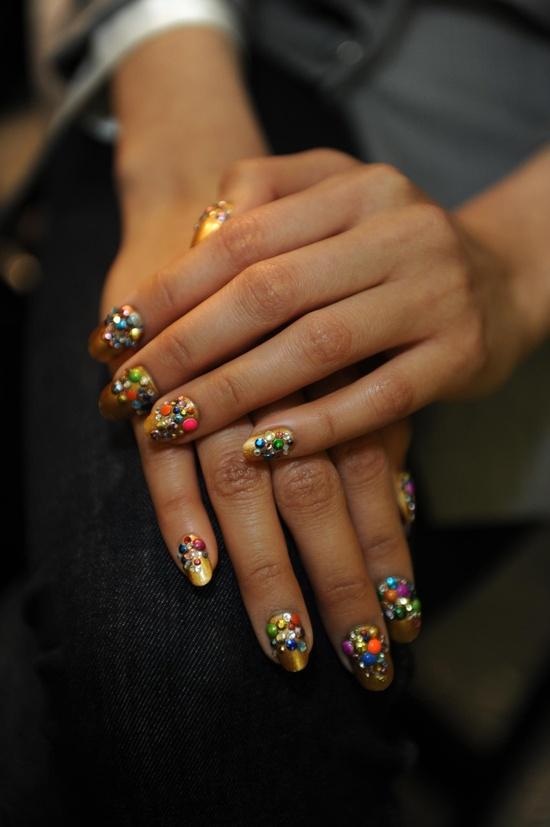 Crazy 3D nails!