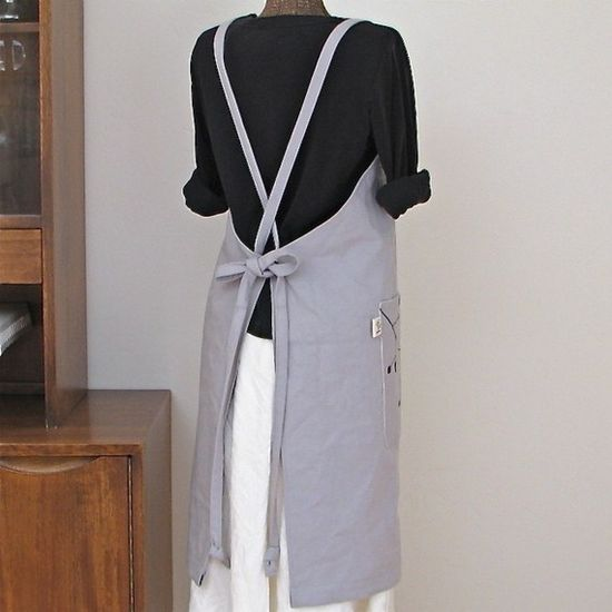 The Simplicity Apron in Canvas