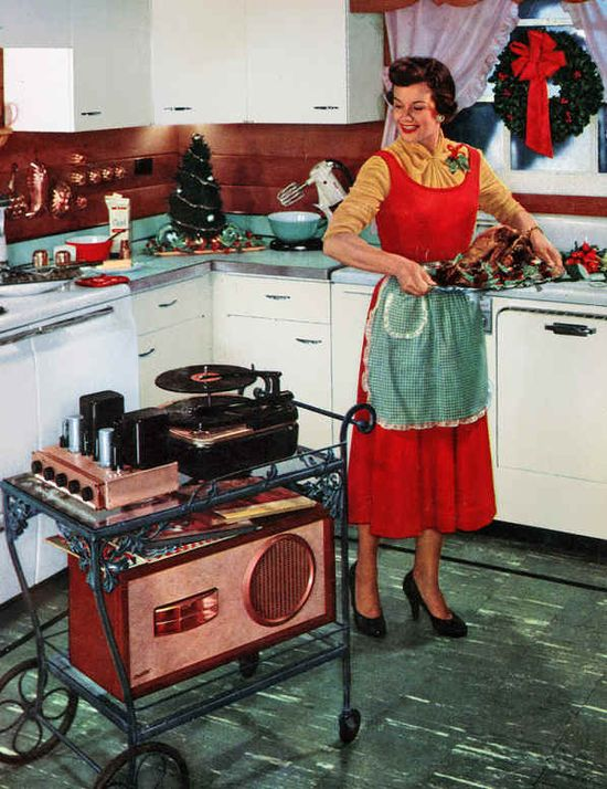 Nothing like a little music right in the kitchen to help make the holiday feast prep more enjoyable. #vintage #1950s #homemaker #Christmas #turkey