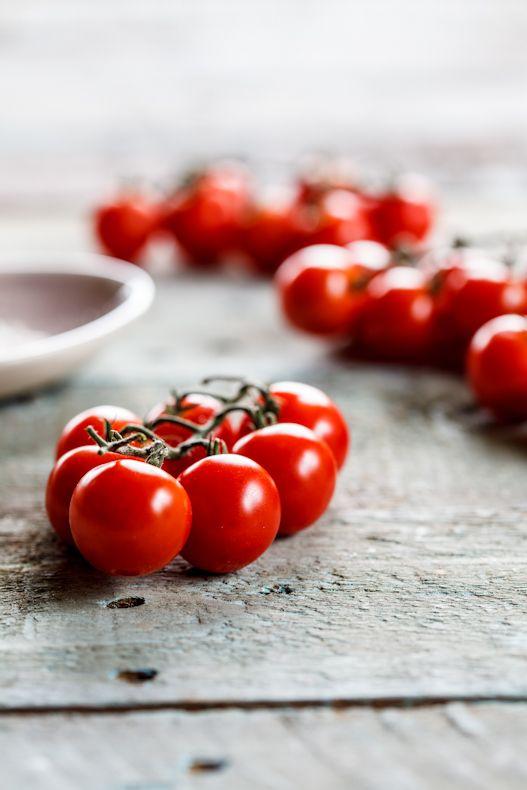 Tomates rojos cherries