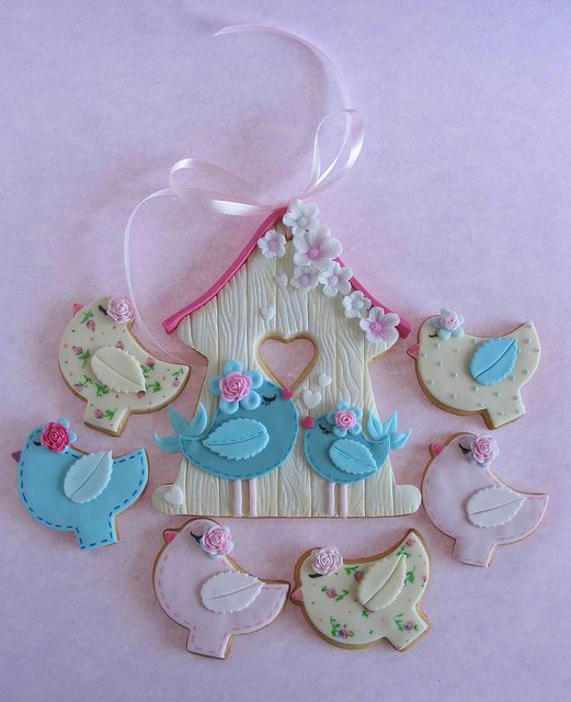 Bird cookies by bubolinkata, via Flickr