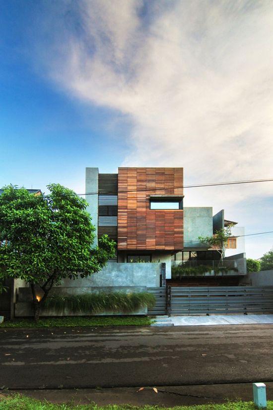 Lumber Shaped-Box House, Jakarta, Indonesia by Atelier Riri.