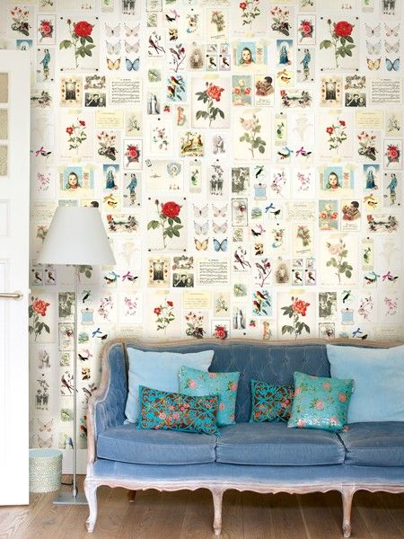 Pretty wallpaper & turquoise sofa