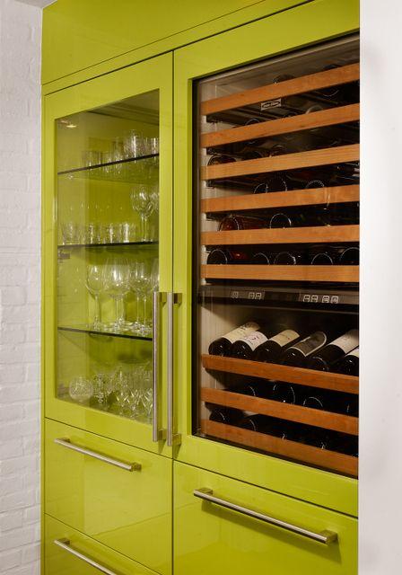 Lacquered lime green Cabinets. Modern Kitchen. Debbie Baxter. Baxter Design Group. -via Interior Canvas