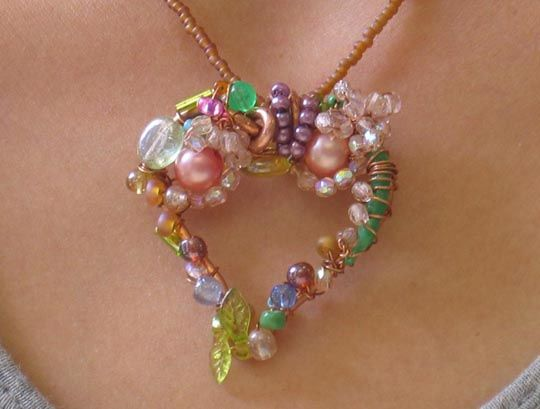 Wrapped wire and beads; tutorial as well- great way to use up leftover beads. Oh, @abbey Phillips Liguori!