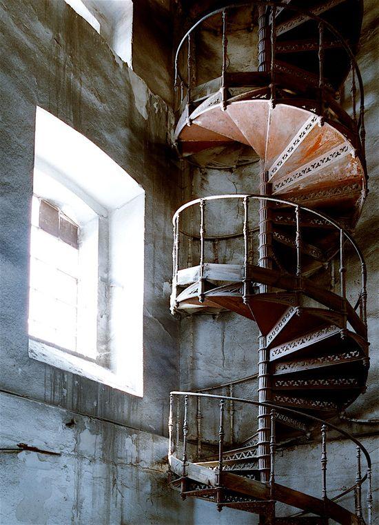 Abandoned spiral