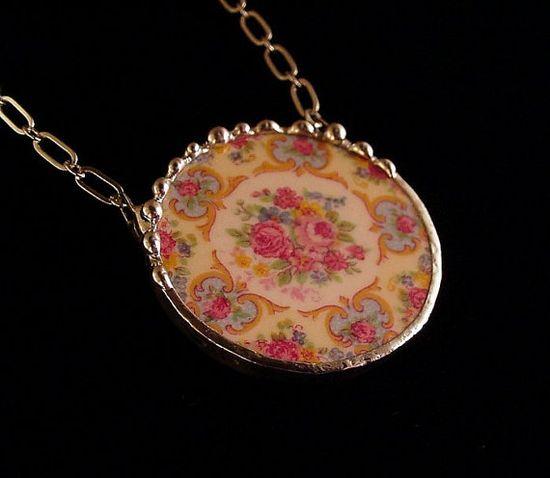 Broken china jewelry Parisian roses