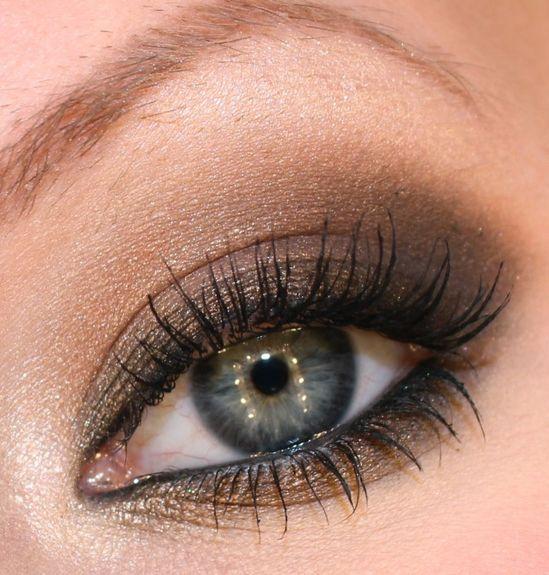 Smokey brown eye