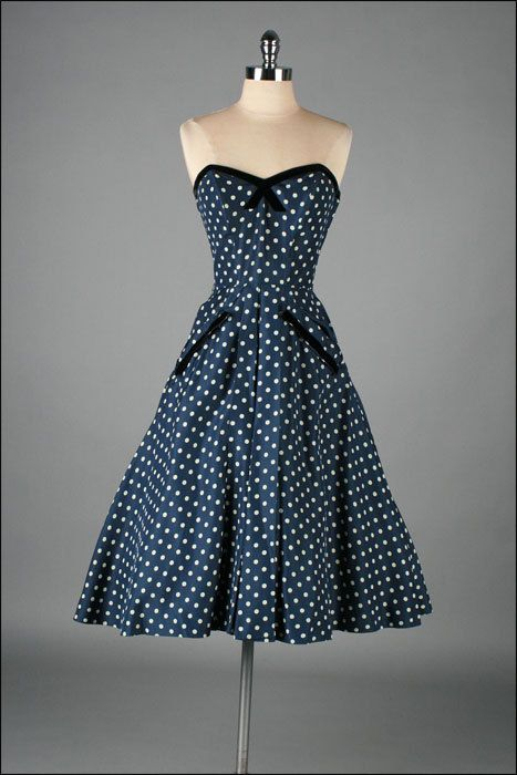 vintage 1950s dress blue white polka dots by millstreetvintage